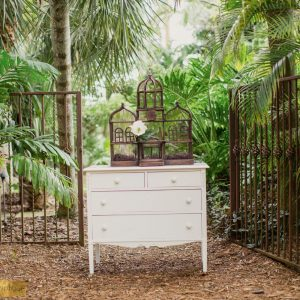 Vintage-White-Dresser , Vintage White Dresser, Wedding Location Miami