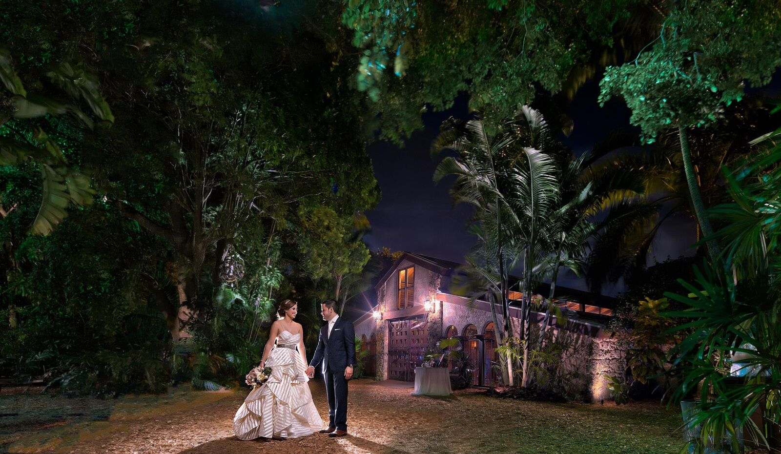 Best Wedding Venues in Palmetto Bay , Beautiful Miami Night Wedding