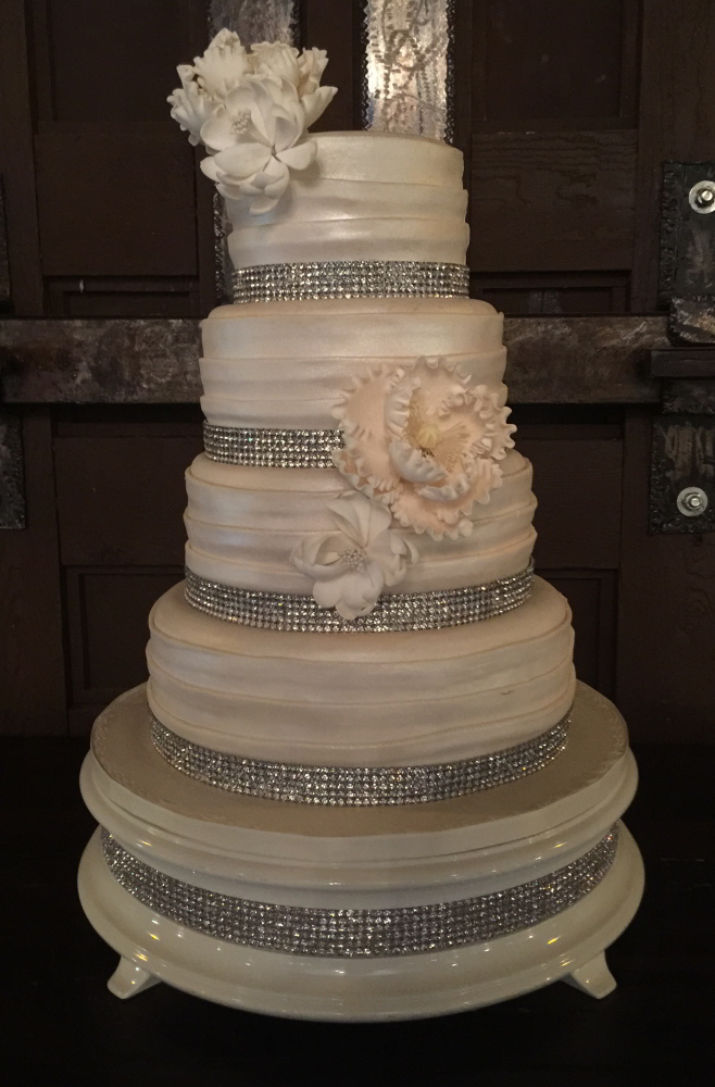 wedding cake stands with crystals top wedding reception venue the cooper estate 25676